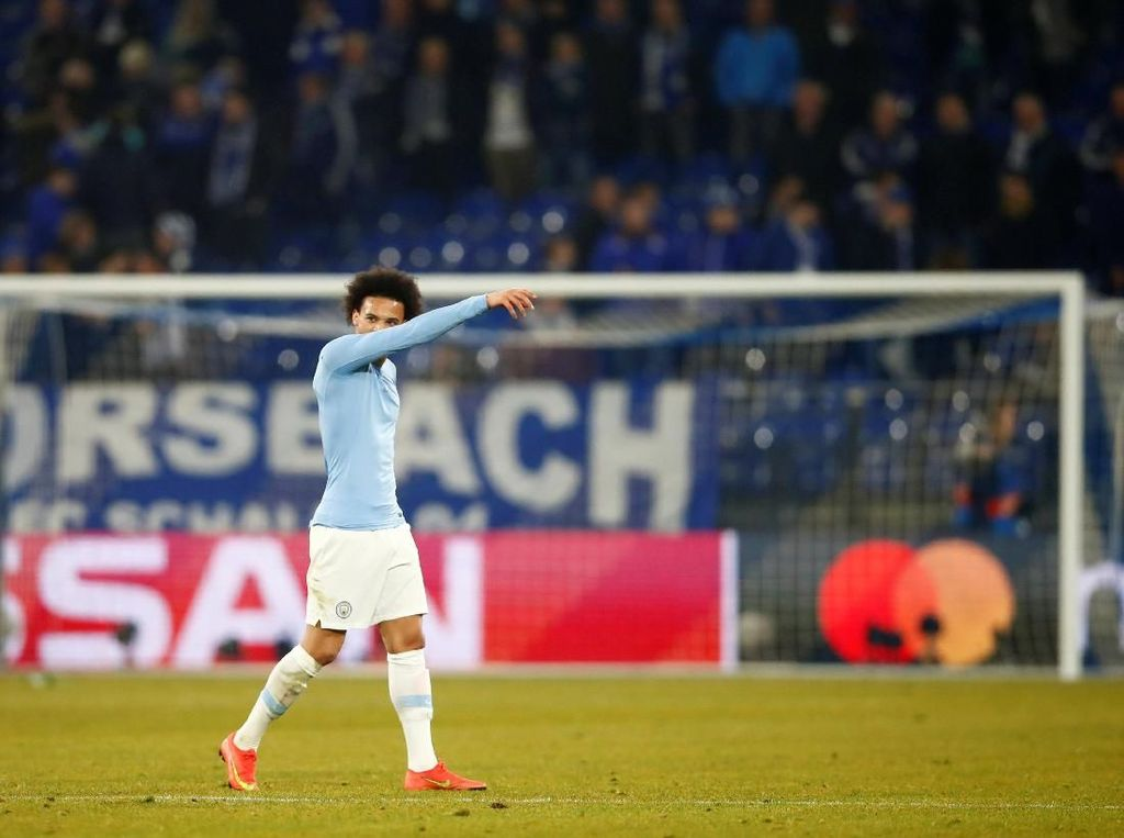 Rumor Transfer: Sane Bertahan di City, Bayern Ganti Incaran