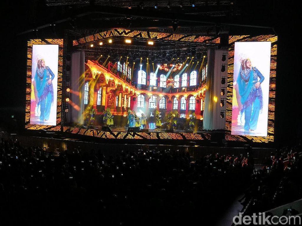 Siti Nurhaliza Tampilkan Video Mapping Wayang di Pembukaan Konser