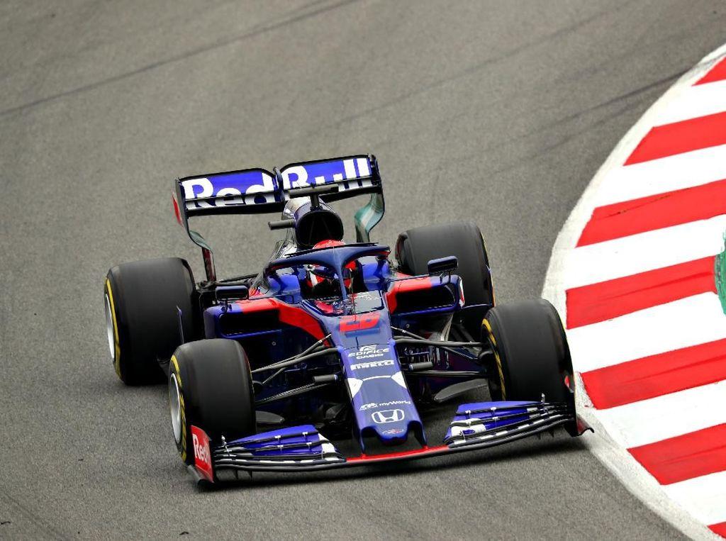 Daniil Kvyat Puncaki Hari Ketiga Tes F1 Barcelona
