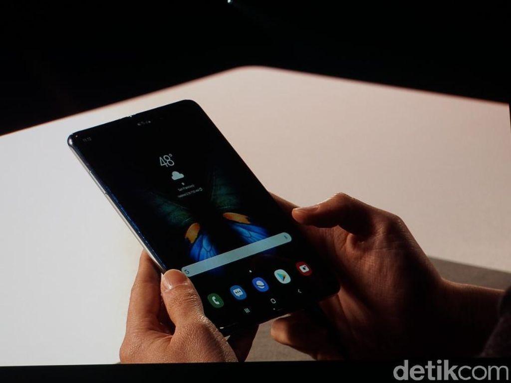 Ini Dia Galaxy Fold, Ponsel Layar Lipat Seharga Rp 27 Juta