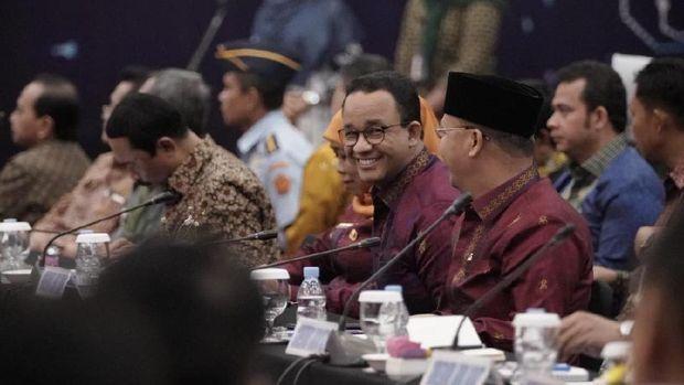 Gubernur DKI Jakarta Anies Baswedan saat menghadiri Rakernas APPSI di Padang.