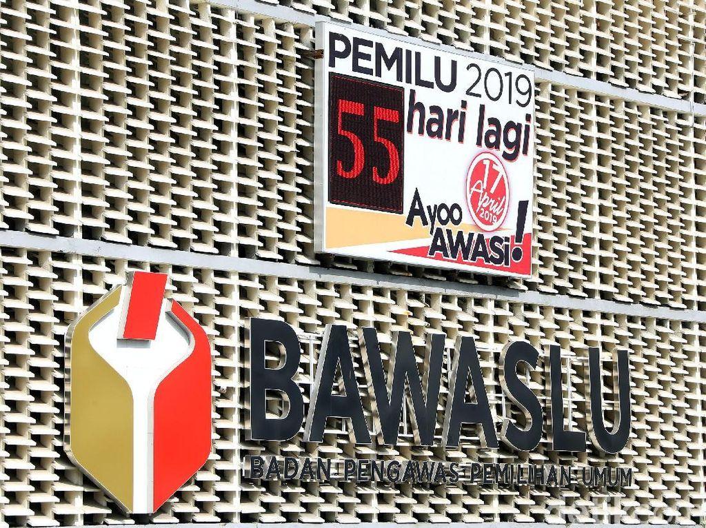 Meski Dipecat, Honorer yang Pamer Stiker Prabowo Tetap Diperiksa Bawaslu