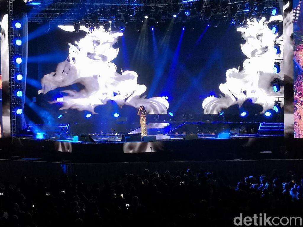 Siti Nurhaliza Ajak Penggemar Galau Bersama