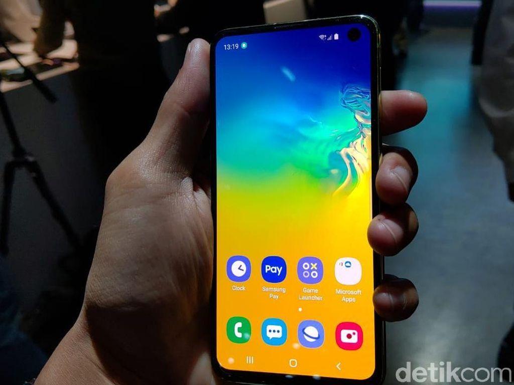 Apa Sih Makna e pada Samsung Galaxy S10e?