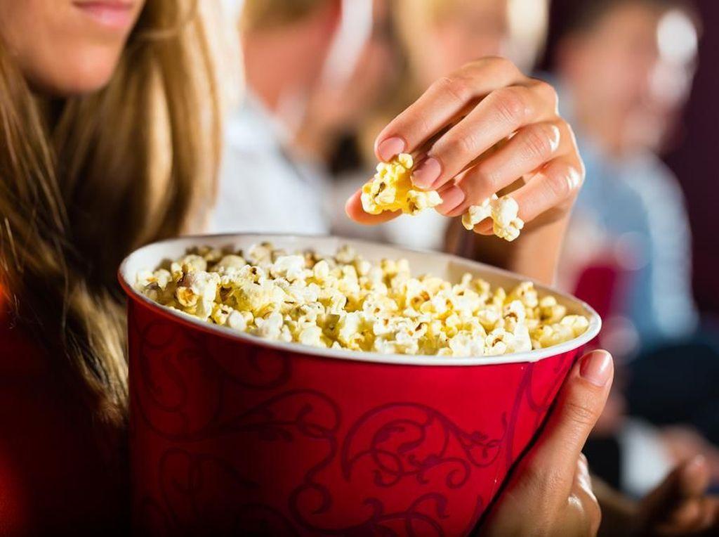 Popcorn Bikin Gemuk? Asal Tanpa Mentega, Malah Bisa Bantu Diet Lho!