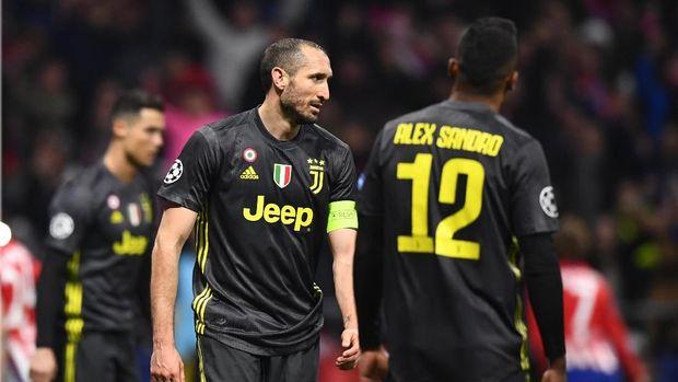 Girorgio Chiellini jadi pimpin pemain negosiasi dengan pihak klub. (