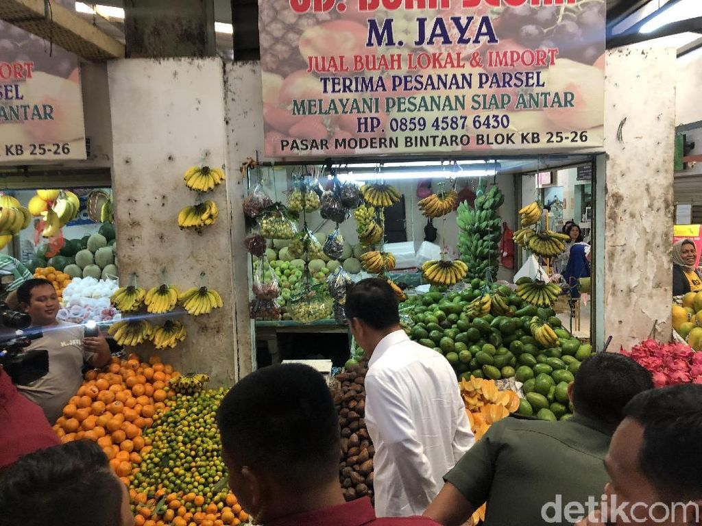 Setelah Pasar Minggu, Jokowi Belanja di Pasar Modern Bintaro