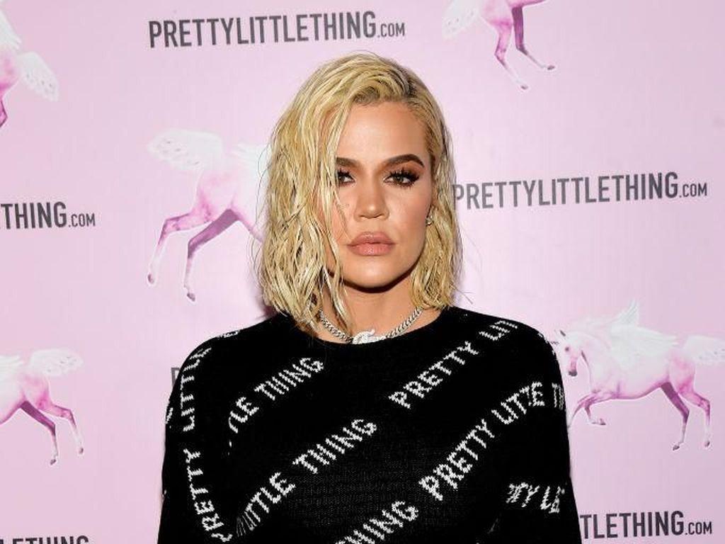 Pernah Diselingkuhi, Khloe Kardashian Bahagia Hidup Menjomblo