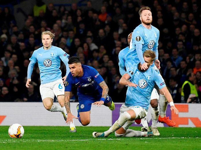 Pemain Chelsea saat melawan Malmo. (Foto: Tony OBrien/Reuters)