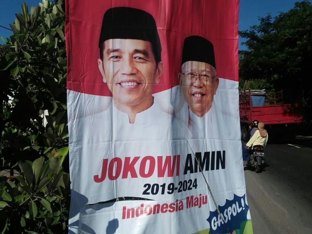 Viral Video Ibu-ibu Sosialisasikan Kawin Sejenis Sah Jika Jokowi Menang