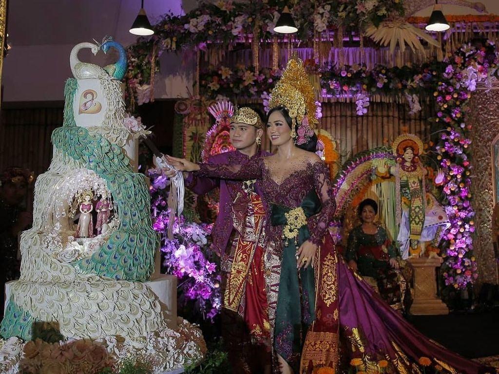 Serunya Kulineran Berlin dan Annie yang Baru Saja Menggelar Royal Wedding di Bali