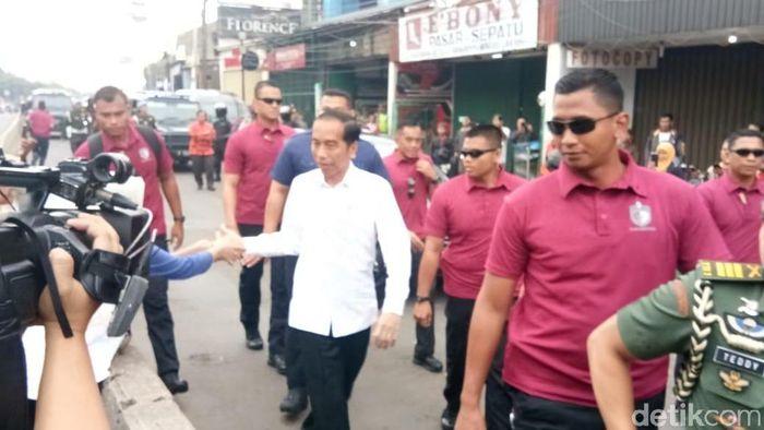 Presiden Jokowi ke Pasar Minggu (Jordan/detikSport)