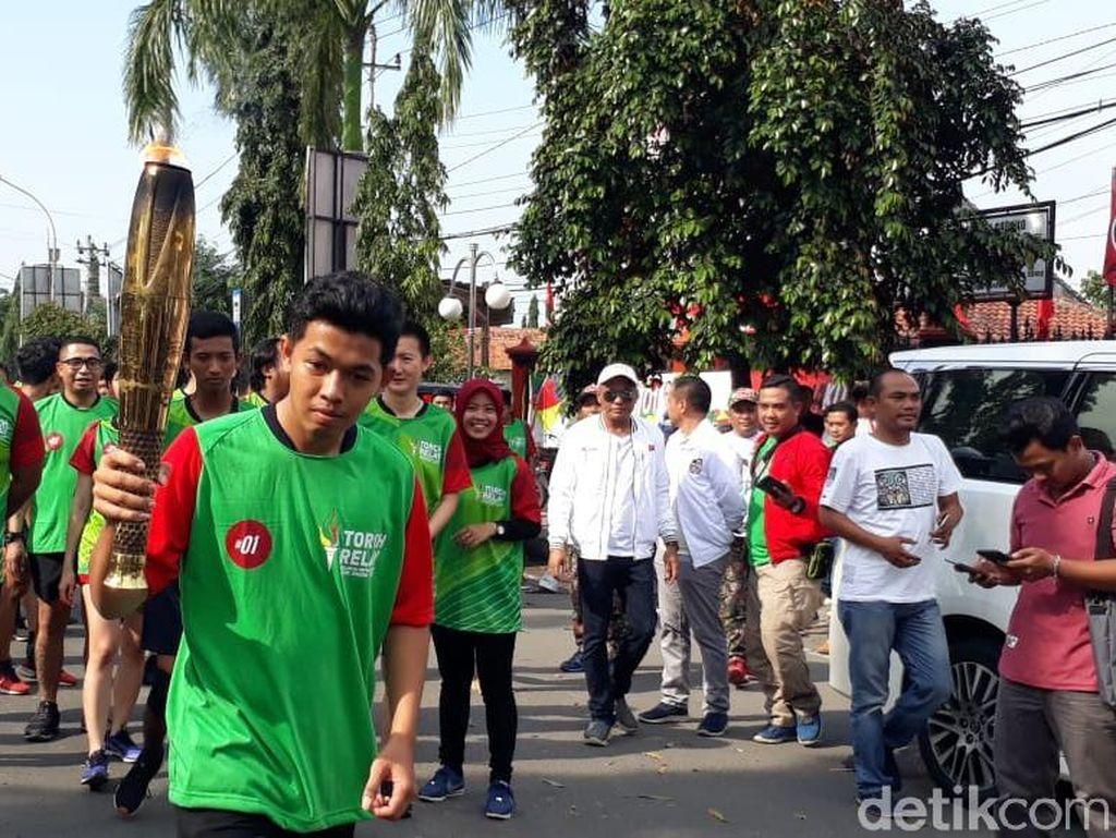Kirab Api Cinta Untuk Jokowi Tiba di Tegal, Lanjut ke Pekalongan
