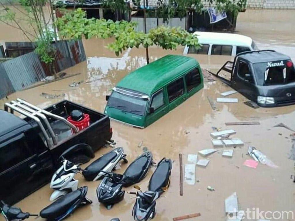 Potret Parahnya Banjir dan Longsor yang Landa Jayapura