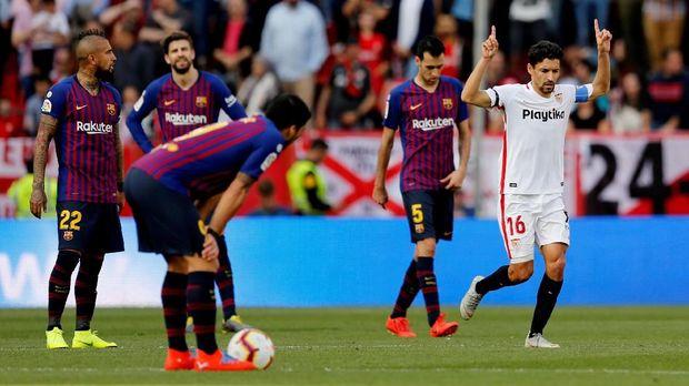 Barcelona sempat tertinggal 0-1 melalui gol Jesus Navas. (