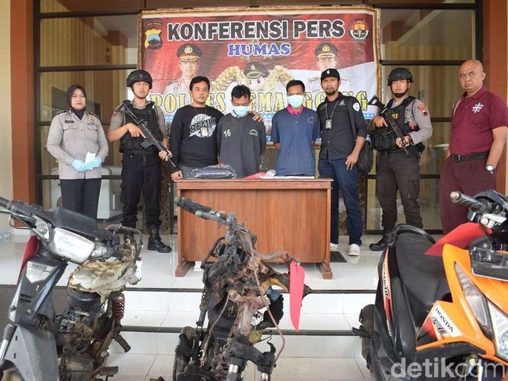 Siapa Pemberi Perintah ke 2 Pelaku Pembakar Motor di Temanggung?