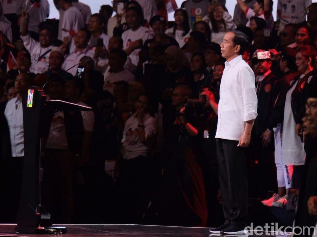 Jokowi Pamer 3 Program: Kartu Sembako Murah, KIP Kuliah dan Kartu Pra-Kerja