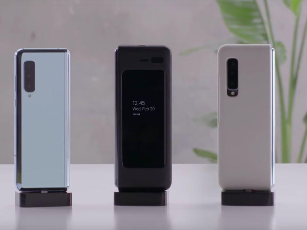 Samsung Jawab Ejekan Huawei Soal Ponsel Lipatnya