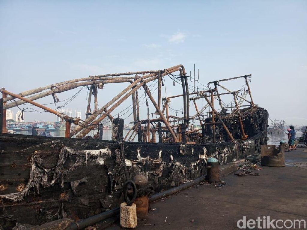 21 Saksi Diperiksa, Polisi Gelar Kasus Kebakaran Kapal di Muara Baru