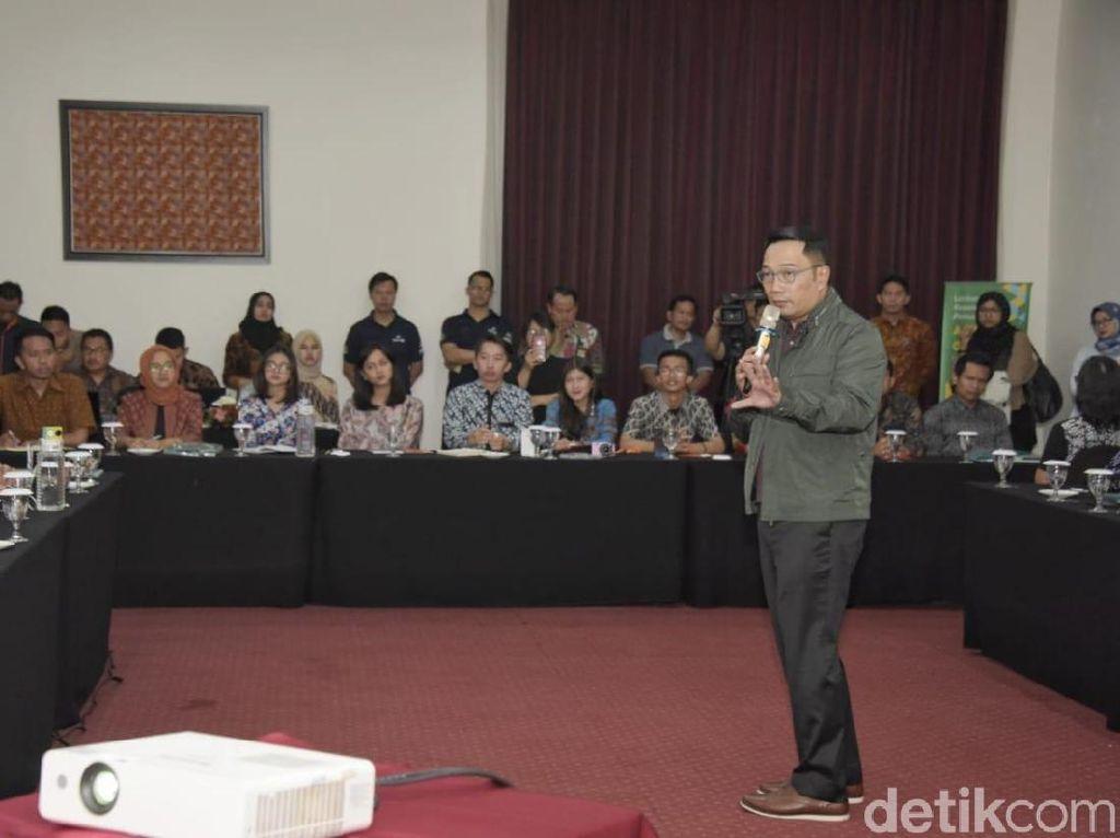 30 Milenial Terpilih Jadi Ajudan Baru Ridwan Kamil