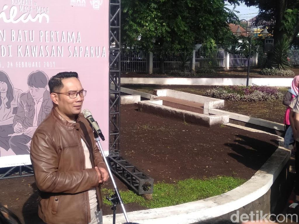 Bioskop di Bandung Dibajak Film Dilan 1991, Ridwan Kamil Ikut Menonton