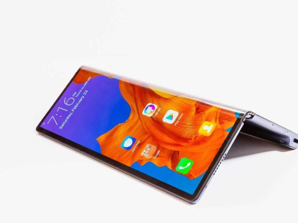 Ponsel Layar Lipat Huawei Mate X Punya Kamera Tersembunyi?