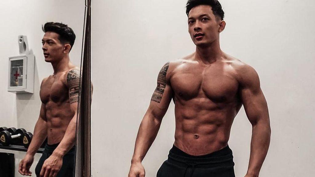 Kenalin Daffa Cho, Satu Lagi YouTuber Seksi Berperut Sixpack