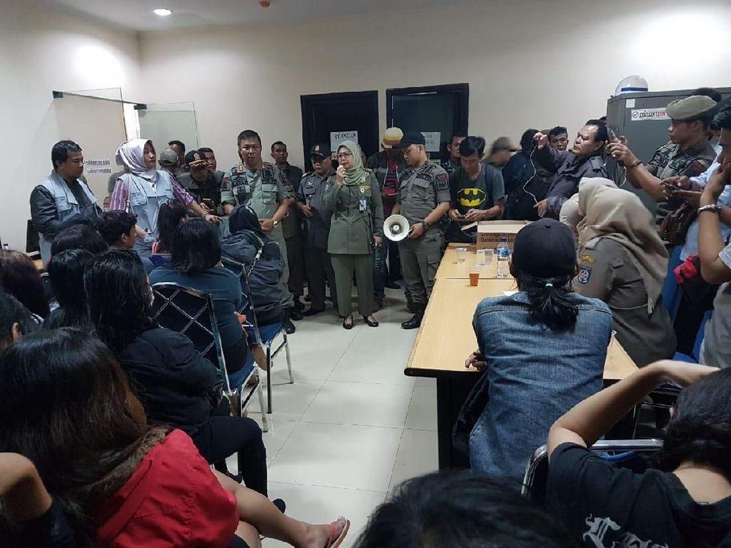 43 PSK di Depok Terjaring Razia di Apartemen dan Panti Pijat