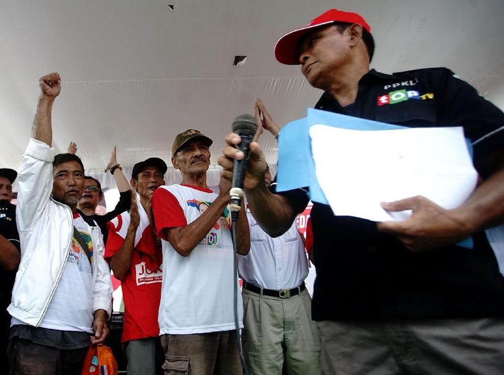 Giliran PKL di Depok yang Dukung Jokowi-Maruf