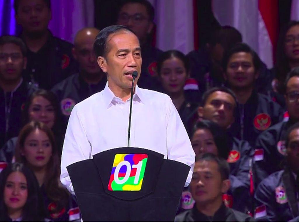 Jokowi Cerita Soal Bapaknya di Konvensi Rakyat Optimis Indonesia Maju