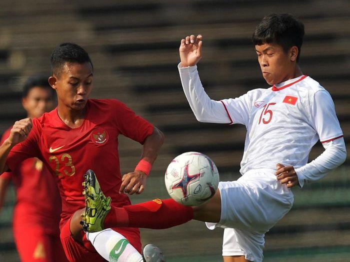 Timnas Indonesia U-23 melawan Vietnam di ajang Piala AFF U-22 2019. (Foto: Nyoman Budhiana/aww/ANTARA)