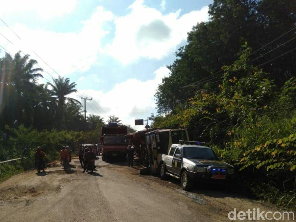 Perbaikan Jalan Lintas Timur Palembang-Jambi Segera Dilanjutkan