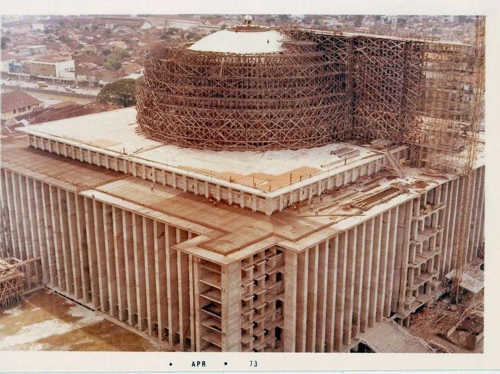 Tiga Batak di Balik Pembangunan Masjid Istiqlal