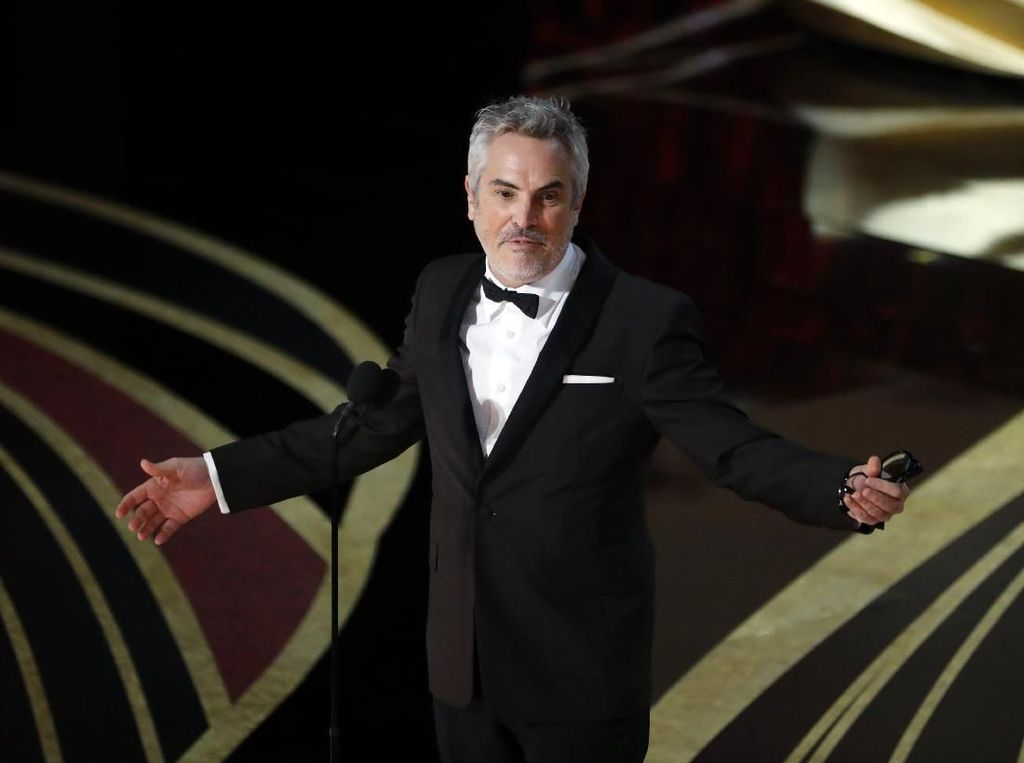 Jadi Sutradara Terbaik, Alfonso Cuaron Tak Pernah Nonton Filmnya Sendiri