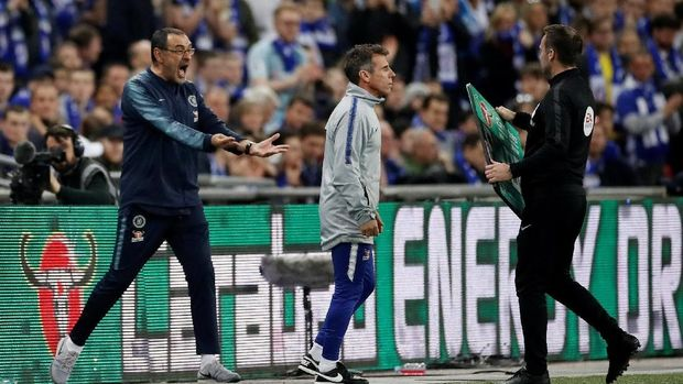 Soccer Football - Carabao Cup Final - Manchester City v Chelsea - Wembley Stadium, London, Britain - February 24, 2019  Chelsea manager Maurizio Sarri reacts after Kepa Arrizabalaga (not pictured) refuses to be substituted      Action Images via Reuters/Carl Recine  EDITORIAL USE ONLY. No use with unauthorized audio, video, data, fixture lists, club/league logos or