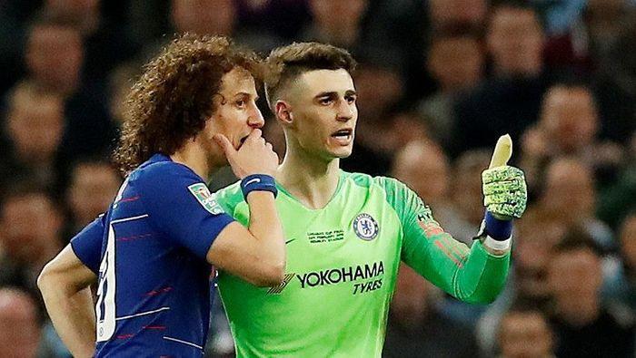 Kepa Arrizabalaga menolak diganti di final Piala Liga Inggris antara Chelsea vs Manchester City (REUTERS/David Klein)