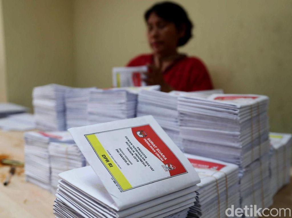KPU Temukan Ribuan Surat Suara di Kabupaten Bekasi Rusak