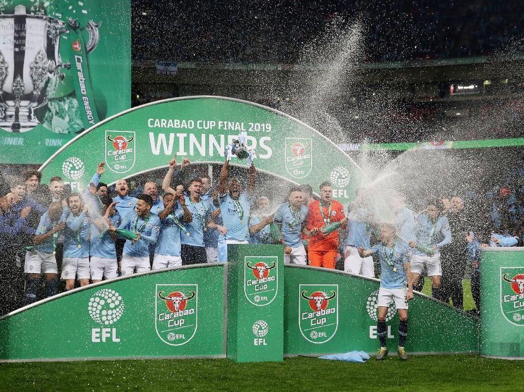 Manchester City Pertahankan Gelar Juara Piala Liga Inggris