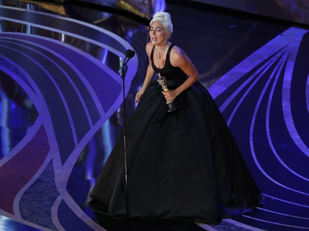 Oscar Buat A Star Is Born Album Tersukses, Lady Gaga Setara Ariana Grande