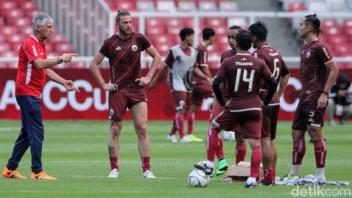 Persija Jakarta panggil banyak pemain muda untuk hadapi jadwal padat (Rifkianto Nugroho)
