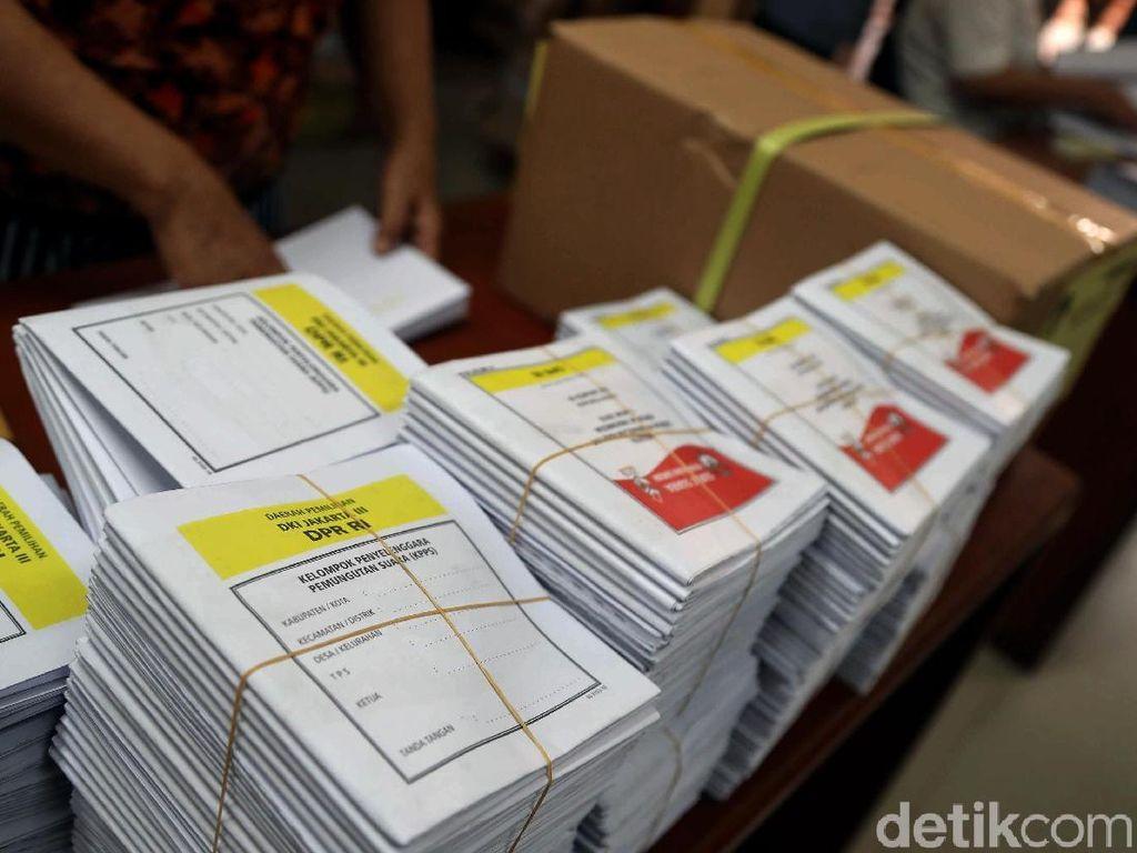 KPU Solok Temukan 2.115 Surat Suara Rusak