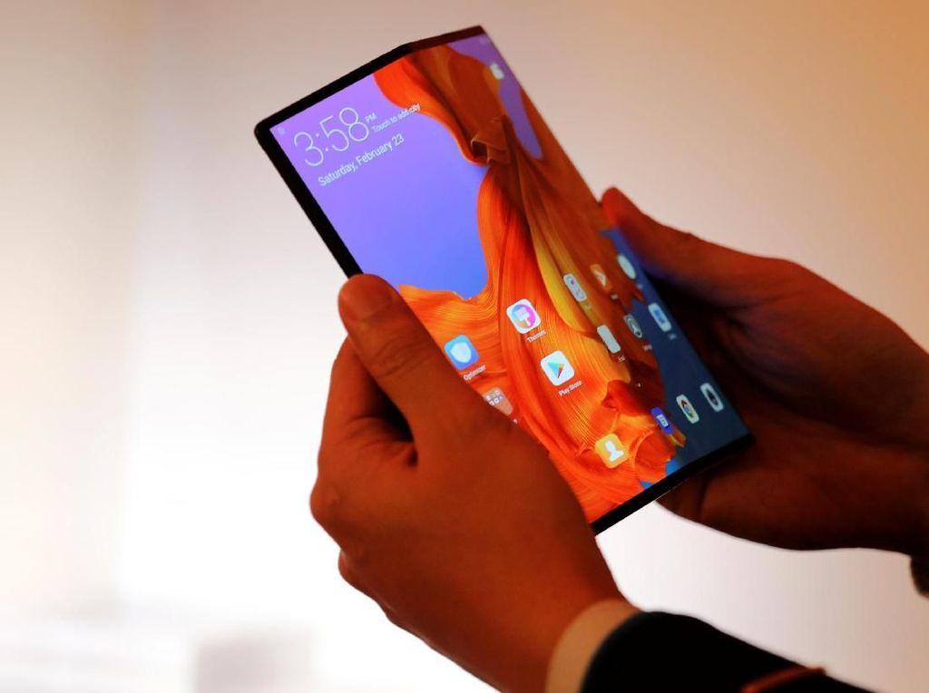 Mate X Si Ponsel Layar Lipat Huawei Molor Lagi