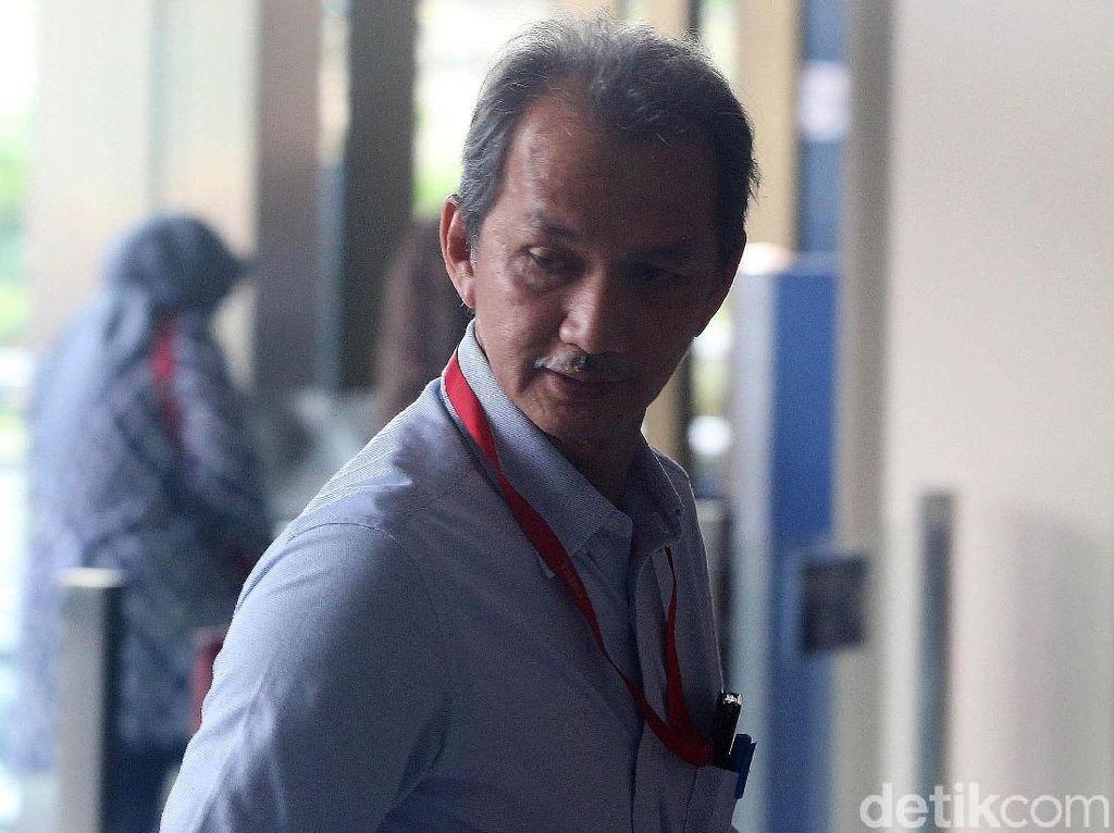 Kepala BPPSPAM Bambang Sudiatmo Diperiksa KPK