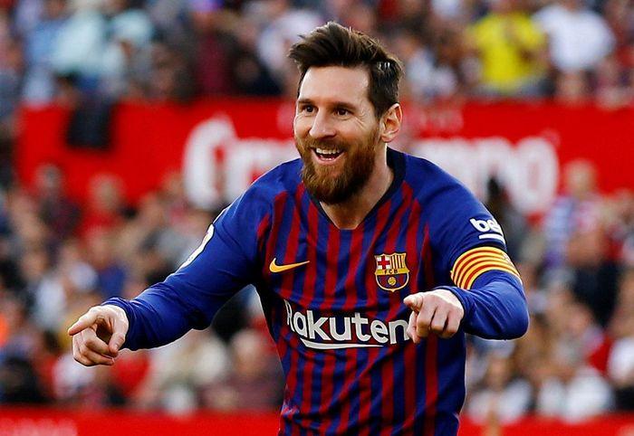Vinicius Jr mengatakan, kehebatan Lionel Messi tak membuat Real Madrid keder. Foto: Marcelo del Pozo / Reuters