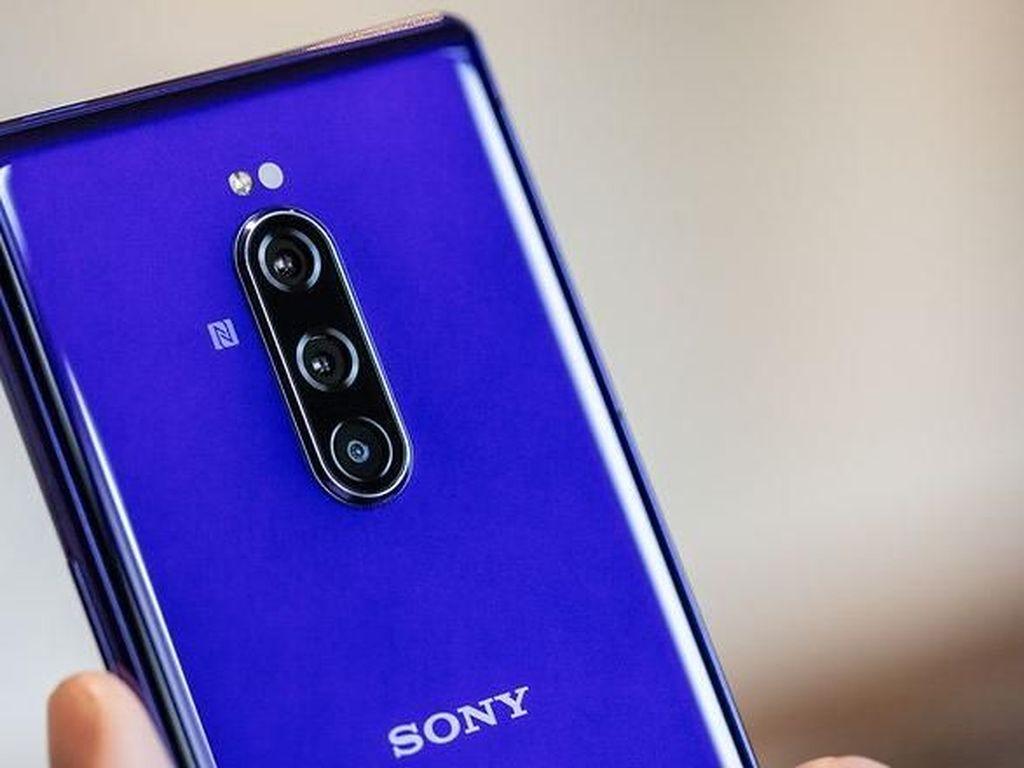 Bisnis Ponsel Sony Tengah di Titik Nadir