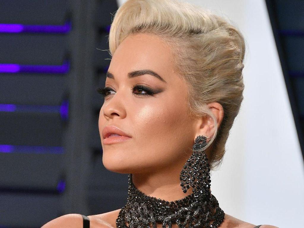Sampai di Australia, Rita Ora Karantina 14 Hari
