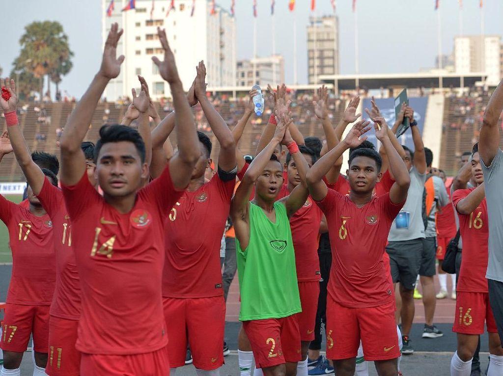 Ribuan Suporter Dukung Langsung Timnas U-22 Hadapi Thailand