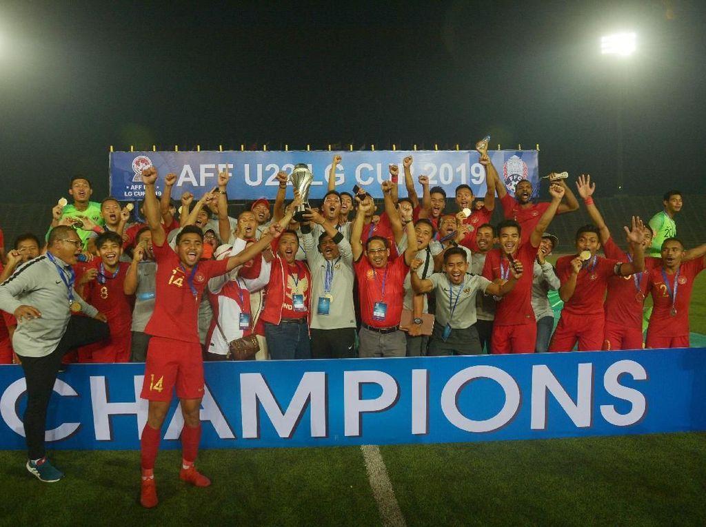 Usai Juara Piala AFF U-22, Timnas Dapat Rejeki Arloji