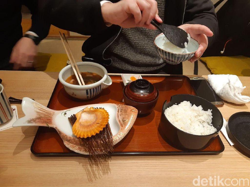Wisata Kuliner Mentah Khas Jepang dari Ehime, Berani Coba?