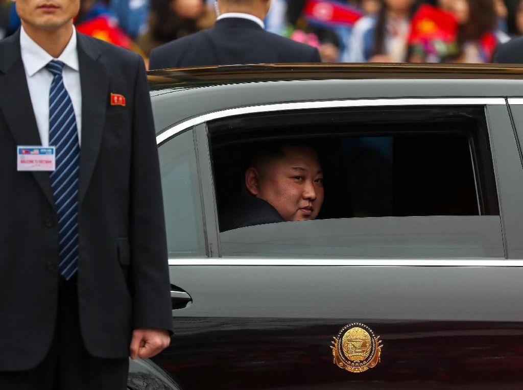 Tiba di Vietnam, Kim Jong Un Disambut Mobil Miliaran Ini